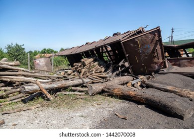 Cargo damaged in freight train derailment. Mechanical problems and track conditions are to blame for a train derailment. Abstract: Transportation Safety