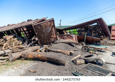 Cargo damaged in freight train derailment. Mechanical problems and track conditions are to blame for a train derailment. Abstract: Transportation Safety.