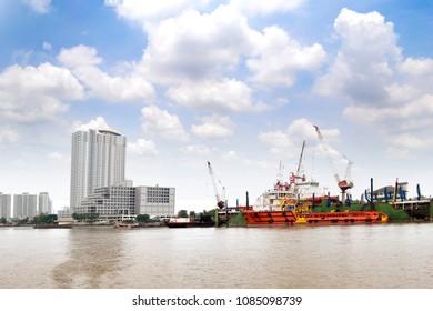 cargo ship in the chao phraya river
