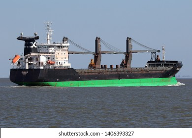 The cargo ship Kallio passes on April 15, 2019 Cuxhaven in the direction of Hamburg.