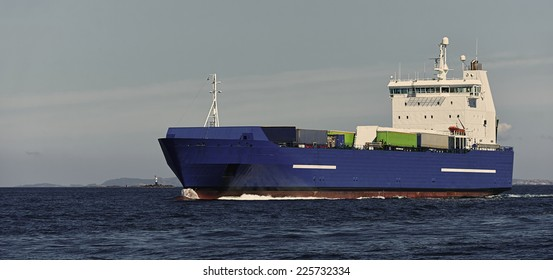 Cargo ships. Collection of yachts and ships