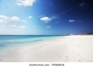 caribbean beach in Aruba