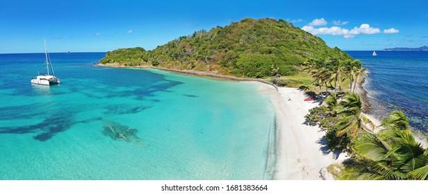 Caribbean Grenadines Mayreau tropischer Inselstrand, Panoramablick auf die Bucht von Salt Whistle