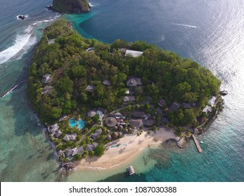 Caribbean Resorts are amazing: Young Island and Fort Duvenette in St Vincent and the Grenadines - 4 May 2018