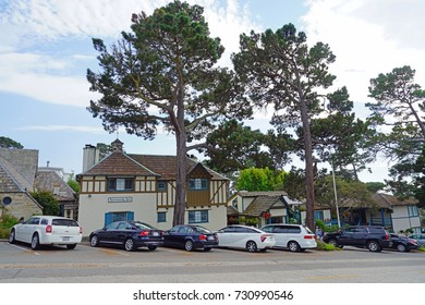 CARMEL, CA -4 SEP 2017- View of buildings in the center of Carmel-by-the-Sea, a town by Carmel Beach in California.