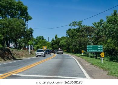 CARMO DO CAJURU, MINAS GERAIS / BRAZIL - NOVEMBER 13, 2017: View at the KM 117 of MG-050 (Newton Penido highway) heading to Sao Sebastiao do Paraiso. Carmo do Cajuru neighborhood area.