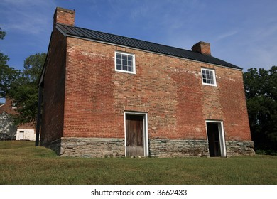 Carnton Field House