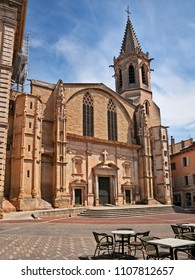 Carpentras, Vaucluse, Provence, France: the ancient Cathedral of Saint-Siffrein in the main square of the city