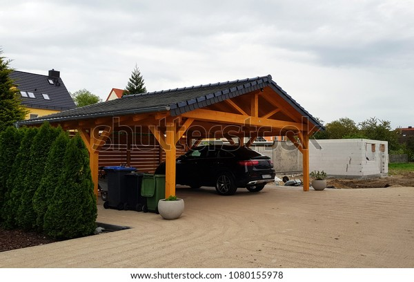 Carport to protect the car