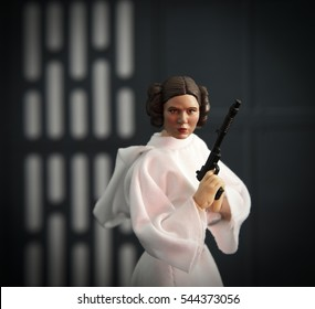 Carrie Fisher as Princess Leia Organa from Star Wars Episode IV A New Hope - Hasbro Black Series 6 inch figures