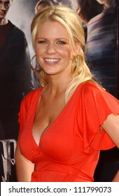 """Carrie Keagan at the premiere of """"Harry Potter and The Order of The Phoenix"""". Grauman's Chinese Theatre, Hollywood, CA. 07-08-07"""