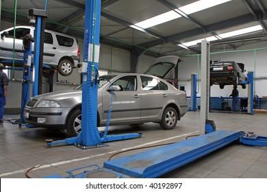 cars at modern car service