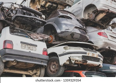 Cars for scrapping in a scrap yard