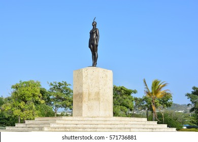 CARTAGENA DE INDIAS, COLOMBIA - JANUARY 30TH, 2017: Sculpture of the Catalina indian at the beautiful colonial city of Cartagena de Indias, Colombia, on January 30th, 2017