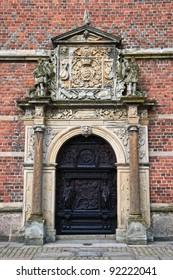 Carved doors  in Frederiksborg castle .