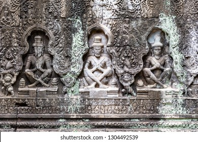 carvings on a wall in Preah Khan temple showing some ascetics, Preah Khan temple, Siem Reap, Cambodia, Asia