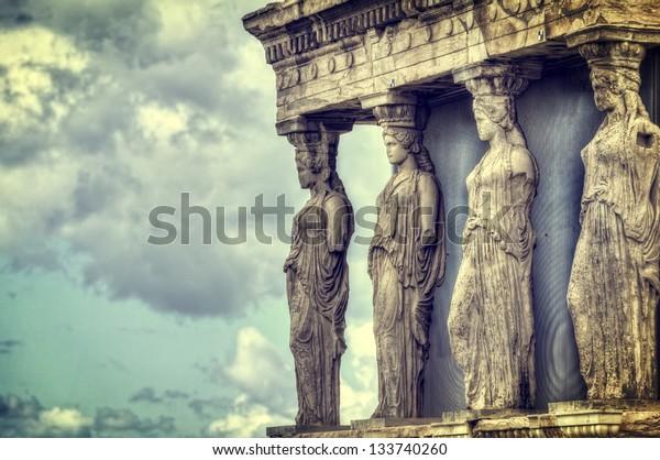 Caricaturistas en Erechtheum de la Acrópolis ateniense, Grecia