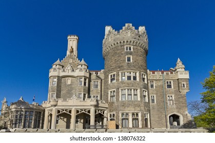 Casa Loma in Toronto - west view