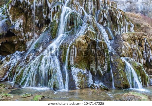 Cascade des Tufs Baume-les-Messieurs France Jura