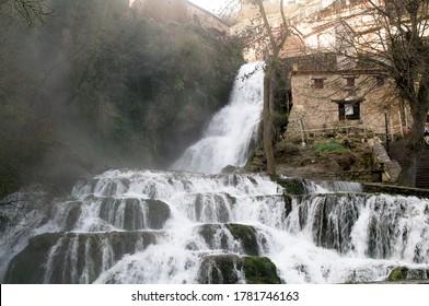 Cascade of Orbaneja del Castillo in the north of the province of Burgos