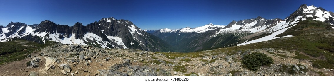 Cascade Pass, North cascades, WA panorama
