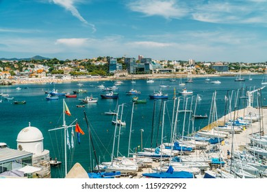 CASCAIS, PORTUGAL - AUGUST 25, 2017: Luxury Yachts And Boats In Cascais Port At Atlantic Ocean