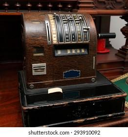 Cash desk