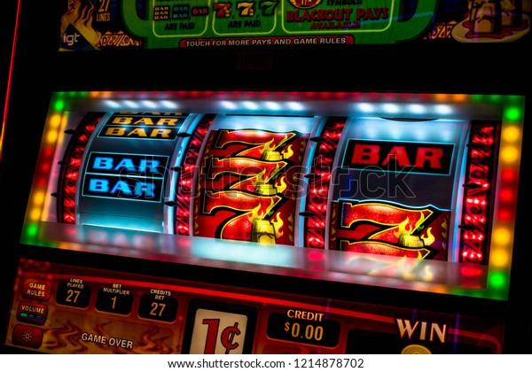 Cierre de la pantalla de la máquina tragaperras del casino