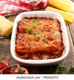 casserole with cannelloni
