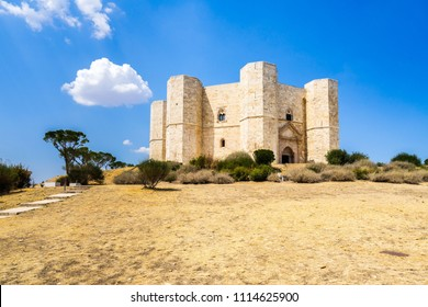 Castel del Monte, the castle built in 13th century by Emperor Frederick II, now an UNESCO World Heritage Site, Apulia, Italy