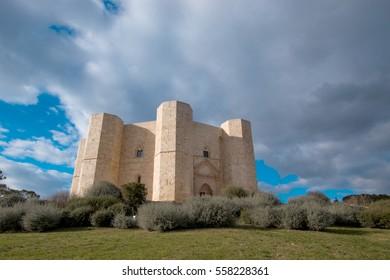 castel del monte mysterious castle built by federico according puglia Italy