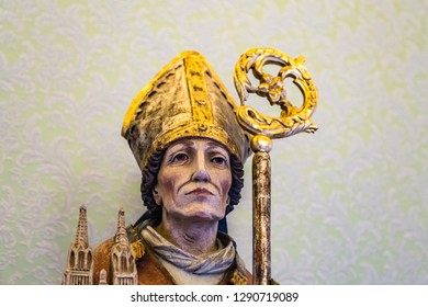 CASTEL GANDOLFO (ROME), ITALY - JANUARY 3, 2019: lights are enlightening statue of Pope in room of The Papal Palace of Castel Gandolfo