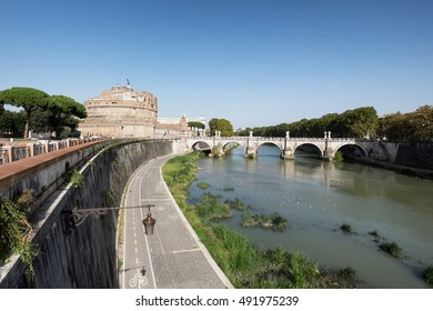 The castle and bridge Sant'Angelo. Rome, Italy
