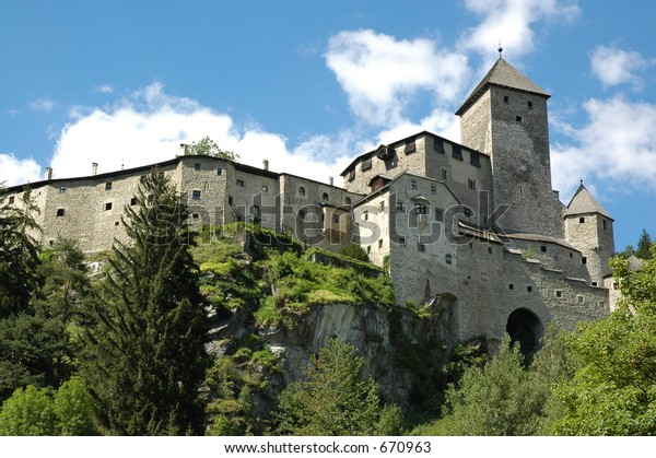 castle in campo tures