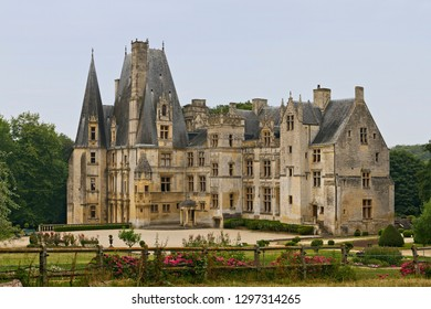 Castle of Fontaine-Henry is a very harmonious and excellently propotioned castle-palace.