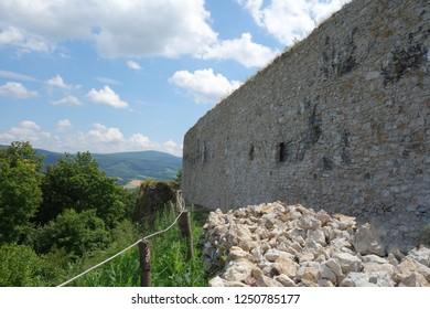Castle loopholes, Jasenov