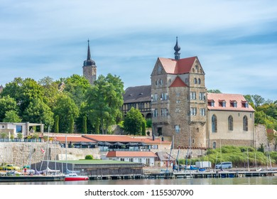 Schloss Seeburg Images, Stock Photos & Vectors | Shutterstock