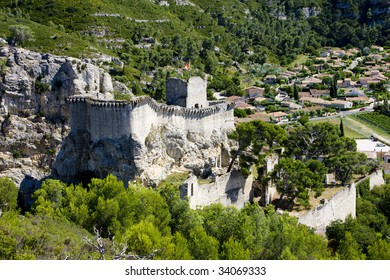 castle and town of Boulbon, Provence, France