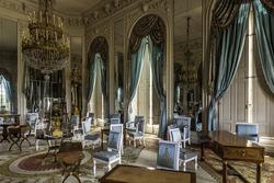 castle-versailles-grand-trianon-lounge-2