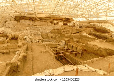 Catalhoyuk is large Neolithic and Chalcolithic best preserved city settlement in Cumra, It is oldest town in world in Konya. It was built in about 7500 BC