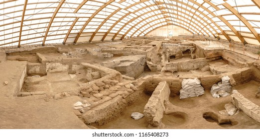 Catalhoyuk is oldest town in world with large Neolithic and Chalcolithic best preserved city settlement in Cumra, Konya. It was built in about 7500 BC