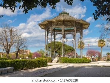 Catania - The park Giardino Bellini.