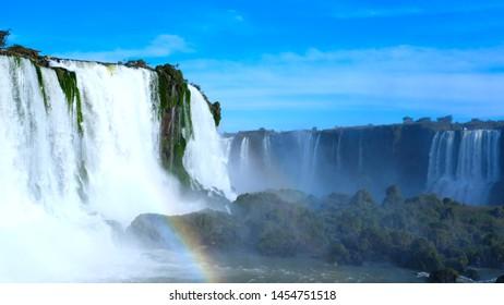 Cataratas do Iguazu, the biggest waterfalls of the Americas