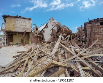 The Catastrophic Earthquake That Destroyed Buildings Is The Worst In Nearly Seven Decades, Ecuador, South America