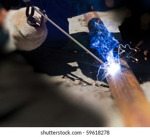 The category of electric welding connecting metal pipes