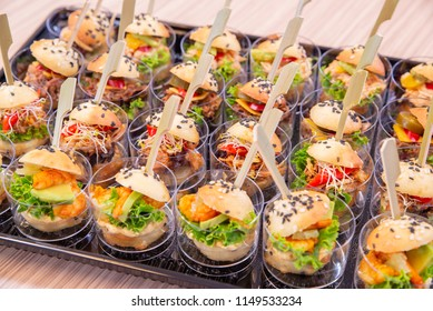Catering meal for parties, burgers, miniburgers
