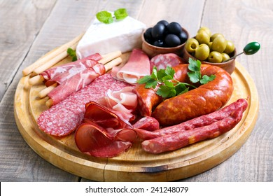 Catering platter with different meat and cheese products