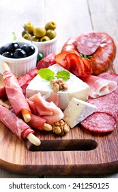 Catering platter with different meat and cheese