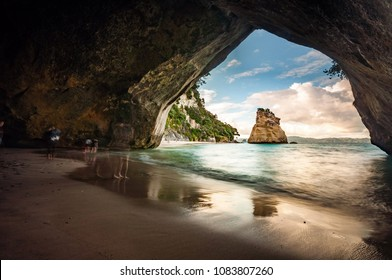 Cathedral Cove beach in Coromandel peninsula, New Zealand