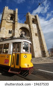 cathedral S? de Lisboa and a crossing tram